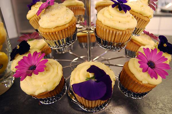 Fairy Cake Icing Recipe Uk: Lemon Fairy Cakes With Lemon Candied Ginger Icing