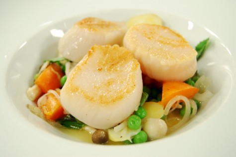 ending the summer with a bang jason parsons shows us a seared scallop ...
