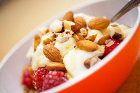 yogurt_granola