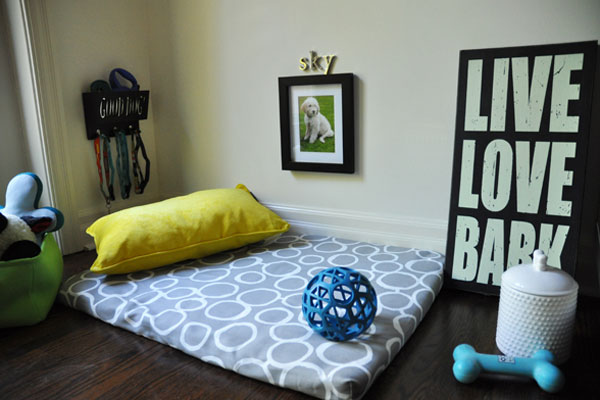 dd269-your-pup-needs-a-doggy-bedroom2rs