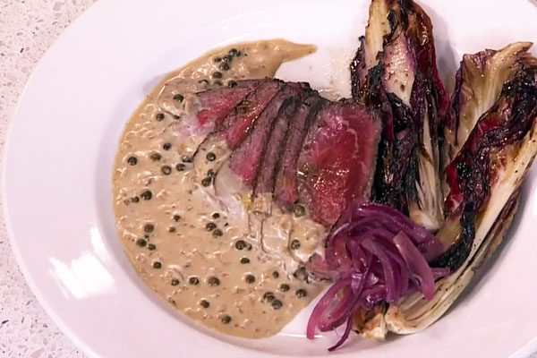 Tenderloin with green peppercorn sauce - Cityline.ca