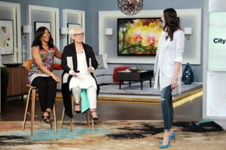 Host Tracy Moore and stylist Lynn Spence on Cityline, May 6, 2016.
