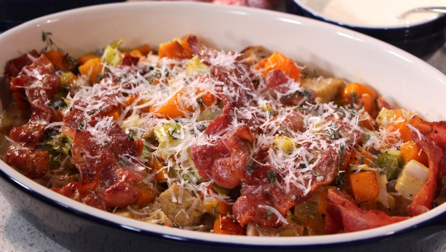 Butternut squash casserole with leeks, bacon and thyme ...