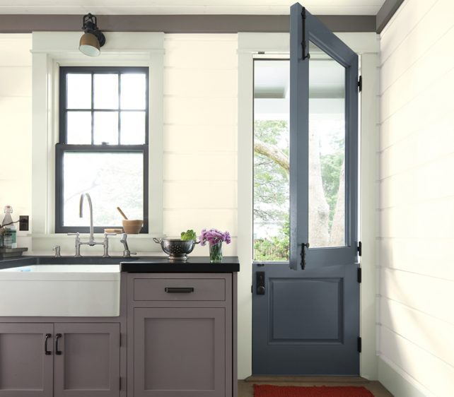 The 4 Trendiest Colours For Re-Painting Your Kitchen