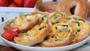 Spinach, Ham & Cheese Bagel Quiches