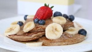 healthy oat flour pancakes with berries