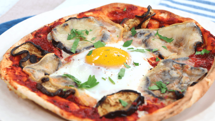 Pita pizza with eggplant and egg - Cityline