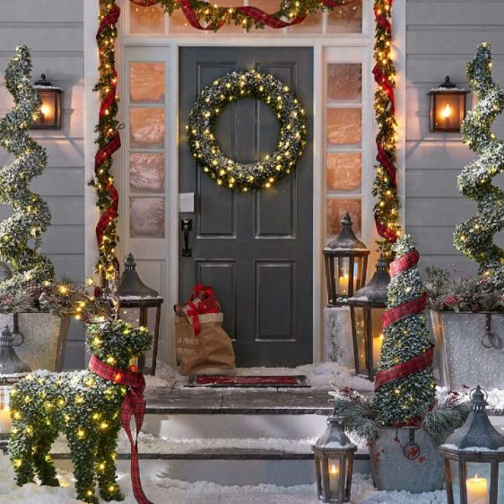Glowing Wreath & Garland Collection